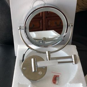 🆕Infiniti Vanity Mirror. NWOT